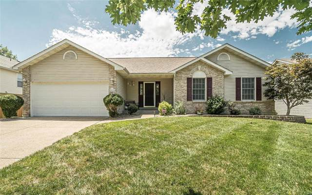 303 Quiet Country Drive, Saint Peters, MO 63376 (#19053305) :: The Becky O'Neill Power Home Selling Team