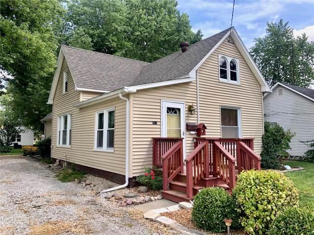 657 Anna Street, Hillsboro, IL 62049 (#19060658) :: The Kathy Helbig Group