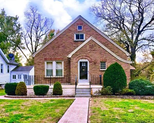 529 Douglas Avenue, Belleville, IL 62220 (#19083460) :: Sue Martin Team
