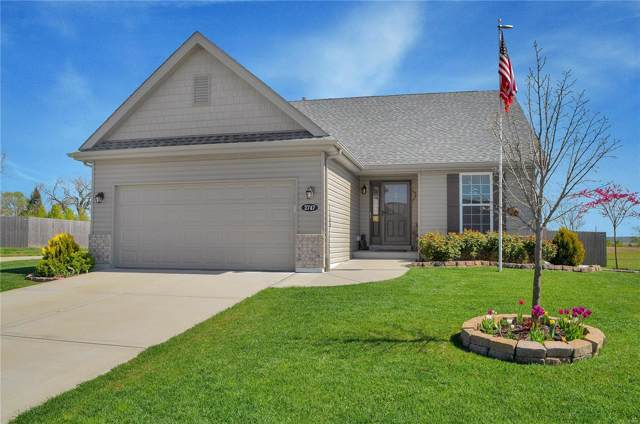 2747 London Lane, Shiloh, IL 62221 (#19083912) :: Hartmann Realtors Inc.