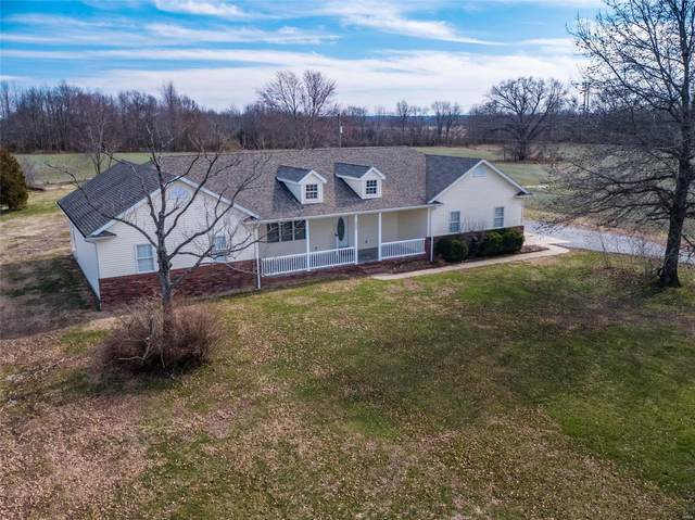 2400 Miller Road, THOMPSONVILLE, IL 62890 (#19089563) :: Parson Realty Group