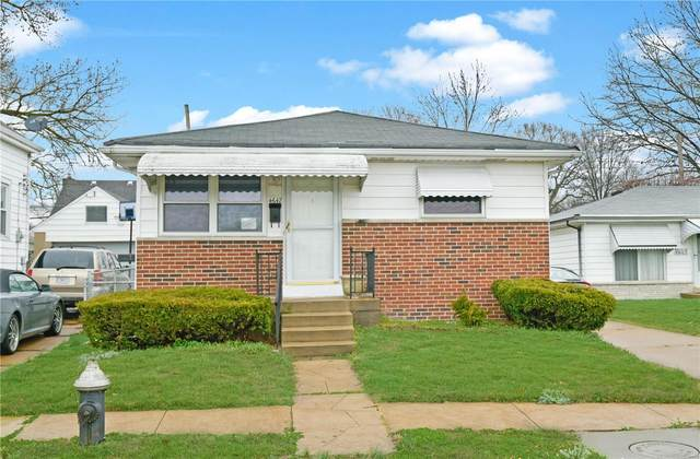 4647 Tesson Street, St Louis, MO 63116 (#20018550) :: St. Louis Finest Homes Realty Group