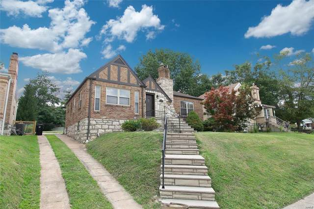 9149 Coral Drive, St Louis, MO 63123 (#20019880) :: Clarity Street Realty