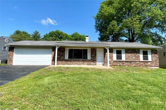 12817 Willowyck Drive, St Louis, MO 63146 (#20029971) :: The Becky O'Neill Power Home Selling Team