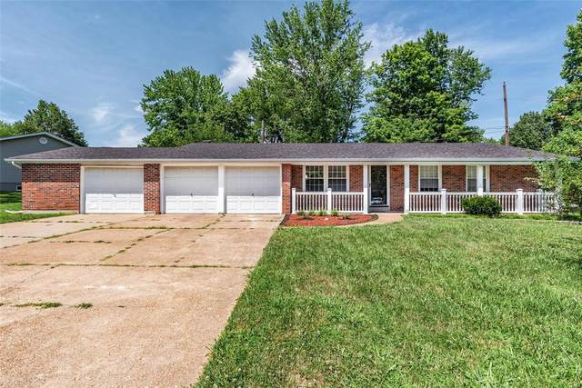 6925 Zaharias, St Louis, MO 63129 (#20031976) :: The Becky O'Neill Power Home Selling Team