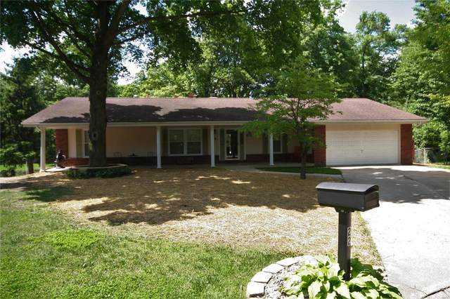 22 White Oak Drive, Highland, IL 62249 (#20032841) :: The Becky O'Neill Power Home Selling Team