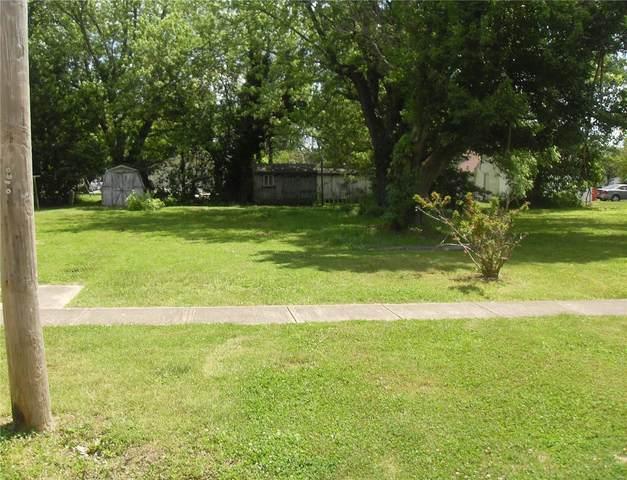 306 S Main Street, SORENTO, IL 62086 (#20035581) :: Parson Realty Group