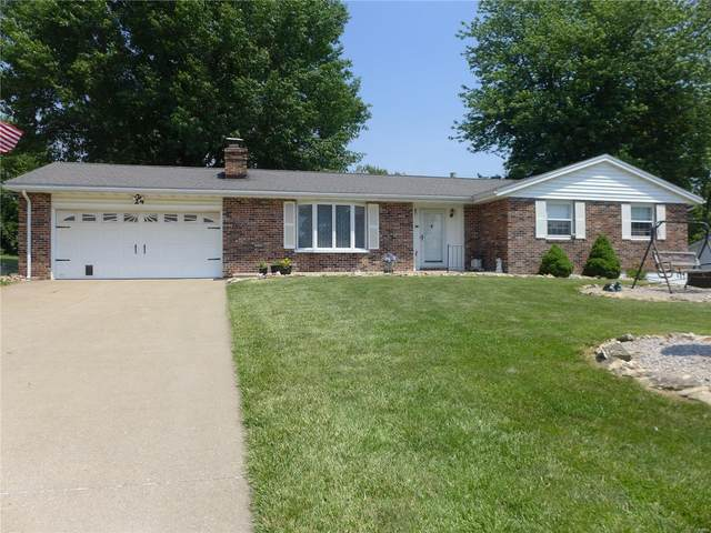 24 Settlers Trail, Hannibal, MO 63401 (#20040897) :: The Becky O'Neill Power Home Selling Team