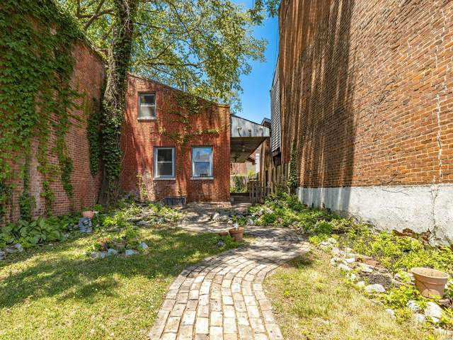1919 S 11th Street, St Louis, MO 63104 (#20042737) :: The Becky O'Neill Power Home Selling Team