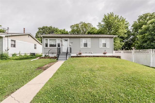 312 E 2nd Street, O'Fallon, IL 62269 (#20045105) :: Matt Smith Real Estate Group
