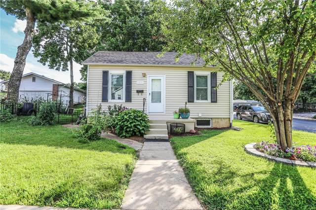 1531 W Randolph Street, Saint Charles, MO 63301 (#20048301) :: The Becky O'Neill Power Home Selling Team