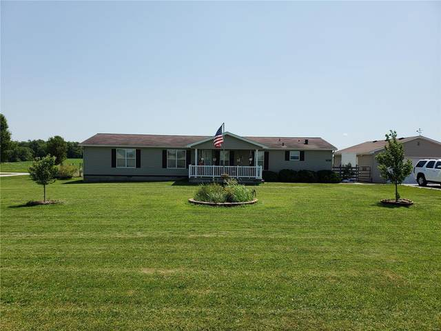 1026 Washington County Line Rd., Marissa, IL 62257 (#20050786) :: The Becky O'Neill Power Home Selling Team