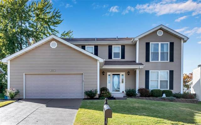 2517 Rain Forest Drive, Wildwood, MO 63011 (#20050907) :: The Becky O'Neill Power Home Selling Team