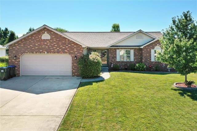 1043 White Oak, RED BUD, IL 62278 (#20053777) :: The Becky O'Neill Power Home Selling Team