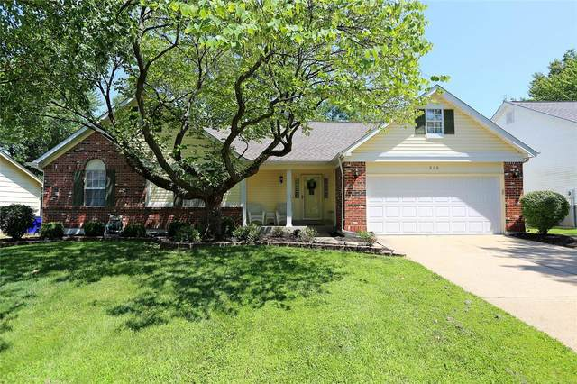 315 Wildberry Lane, Saint Charles, MO 63304 (#20055744) :: The Becky O'Neill Power Home Selling Team