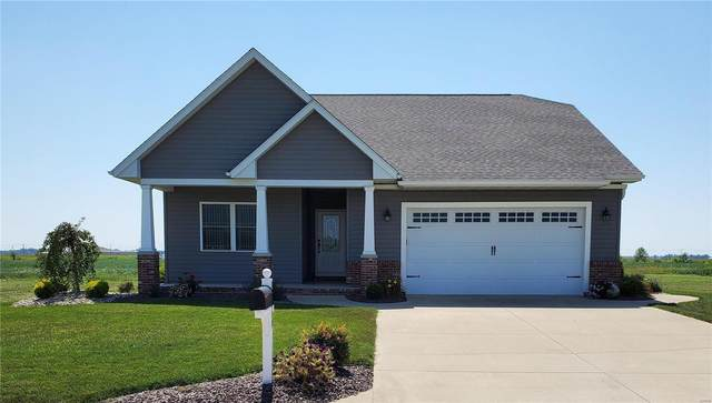 16696 Ashland Court, CARLYLE, IL 62231 (#20060639) :: Kelly Hager Group | TdD Premier Real Estate
