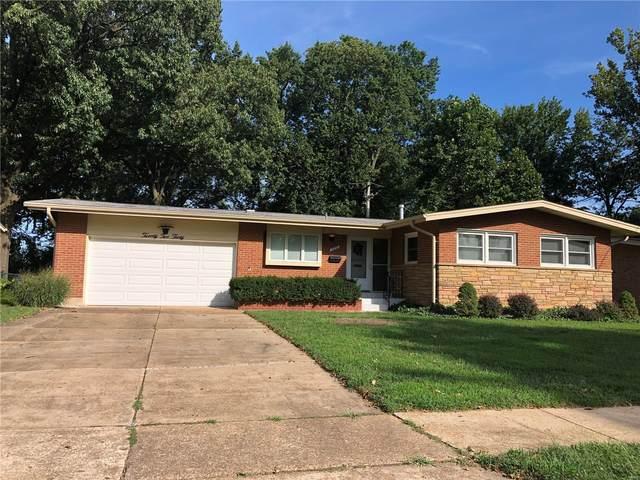 2230 Kenosho Avenue, St Louis, MO 63114 (#20063170) :: The Becky O'Neill Power Home Selling Team