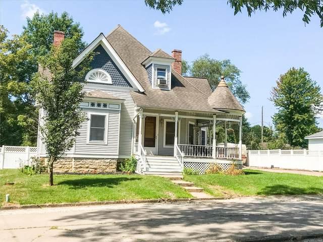 119 S Washington, Paris, MO 65275 (#20063990) :: The Becky O'Neill Power Home Selling Team