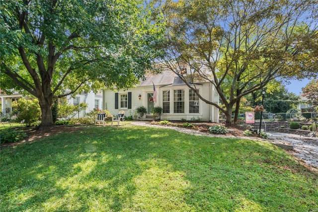 102 Holly Drive, Webster Groves, MO 63119 (#20065881) :: Kelly Hager Group | TdD Premier Real Estate