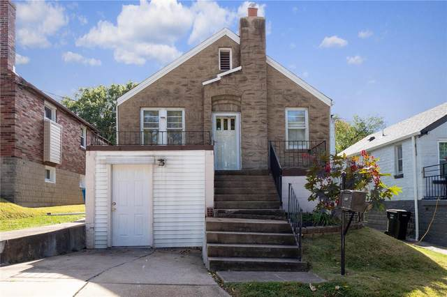 5628 Welmering Drive, St Louis, MO 63123 (#20074628) :: Parson Realty Group