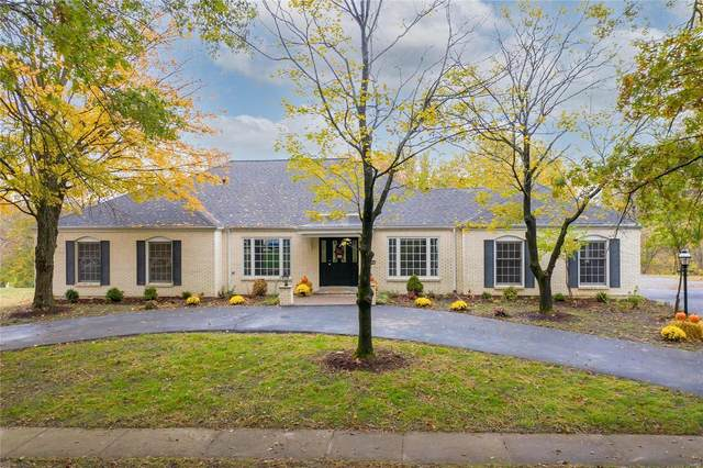 332 Laduemont Drive, Creve Coeur, MO 63141 (#20076639) :: Parson Realty Group