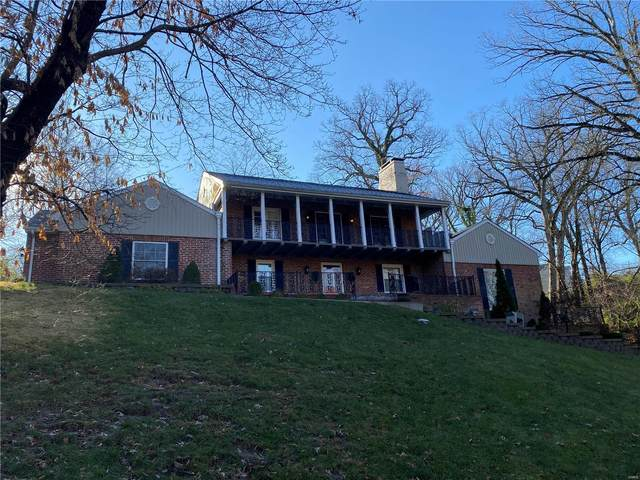 27 Country Club Place, Belleville, IL 62223 (#20080871) :: Parson Realty Group