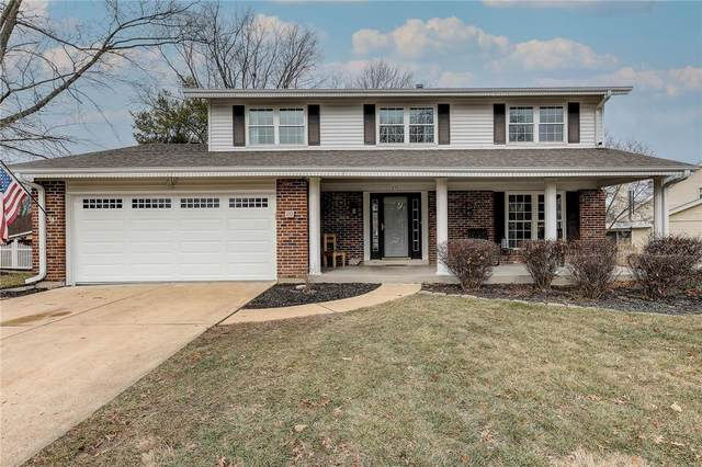 815 Pine Village Court, Ballwin, MO 63021 (#21001409) :: Kelly Hager Group | TdD Premier Real Estate