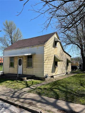 330 N 11th Street, Belleville, IL 62220 (#21002167) :: Tarrant & Harman Real Estate and Auction Co.