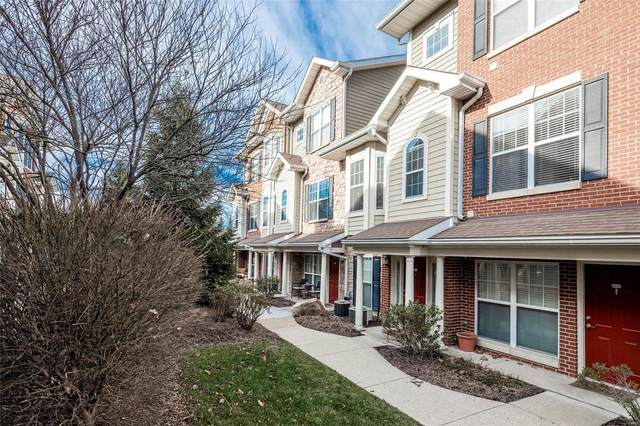 2754 Mcknight Crossing Court, St Louis, MO 63124 (#21003580) :: Kelly Hager Group | TdD Premier Real Estate