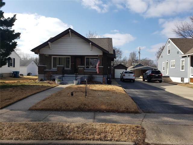 426 S 9th, Wood River, IL 62095 (#21006332) :: Tarrant & Harman Real Estate and Auction Co.