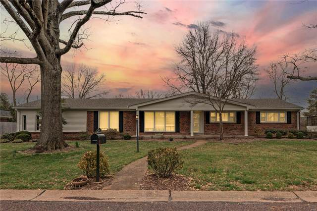 10245 Lylewood Drive, St Louis, MO 63124 (#21012630) :: Clarity Street Realty