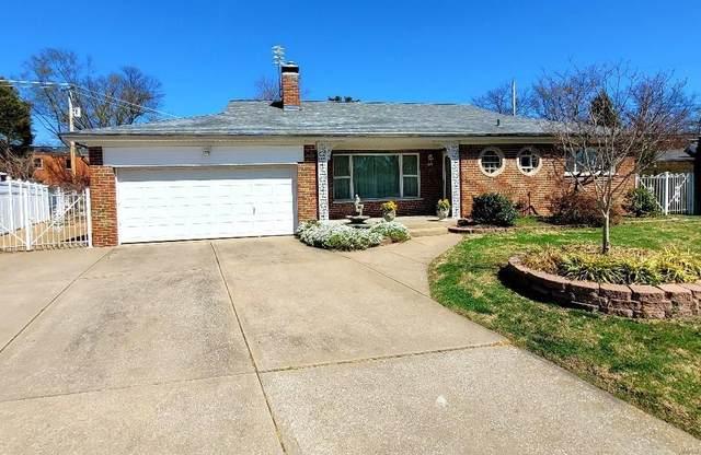 5904 Crane Circle, St Louis, MO 63109 (#21019092) :: Parson Realty Group