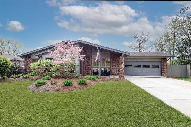6 Nicolet Drive, Manchester, MO 63011 (#21019319) :: Kelly Hager Group | TdD Premier Real Estate