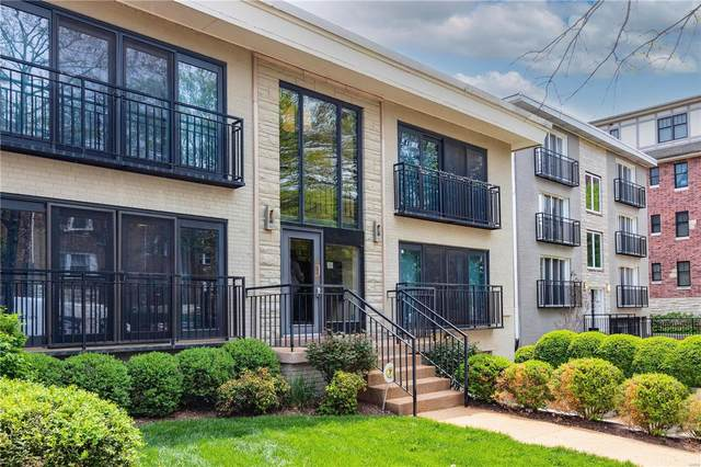 610 Forest Court #2, St Louis, MO 63105 (#21022091) :: Tarrant & Harman Real Estate and Auction Co.
