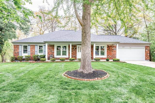 12129 Country Manor Lane, St Louis, MO 63141 (#21022294) :: Parson Realty Group