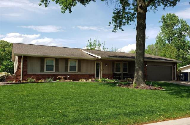 3447 Frontier Drive, Saint Charles, MO 63303 (#21028179) :: Parson Realty Group