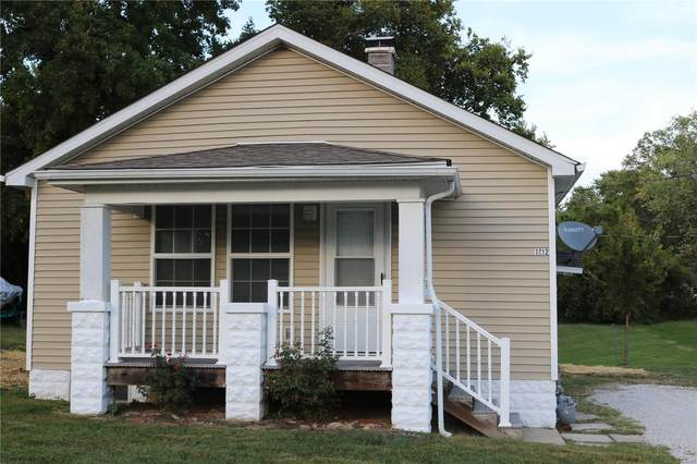 1612 N Belt East, Belleville, IL 62221 (#21029650) :: The Becky O'Neill Power Home Selling Team