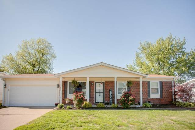 12053 Bobbett, Maryland Heights, MO 63043 (#21029669) :: Parson Realty Group