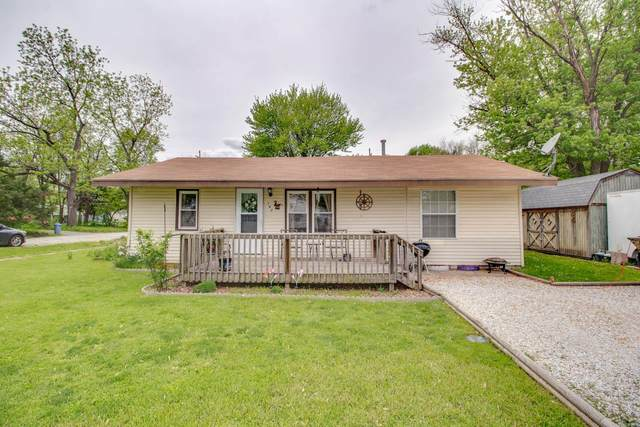 702 Central Avenue, KANE, IL 62054 (#21030255) :: Parson Realty Group