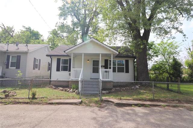 204 E 3rd Street, De Soto, MO 63020 (#21032358) :: Matt Smith Real Estate Group
