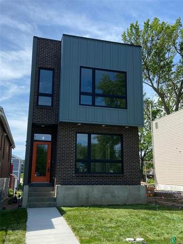 4326 Vista Avenue, St Louis, MO 63110 (#21032615) :: Reconnect Real Estate