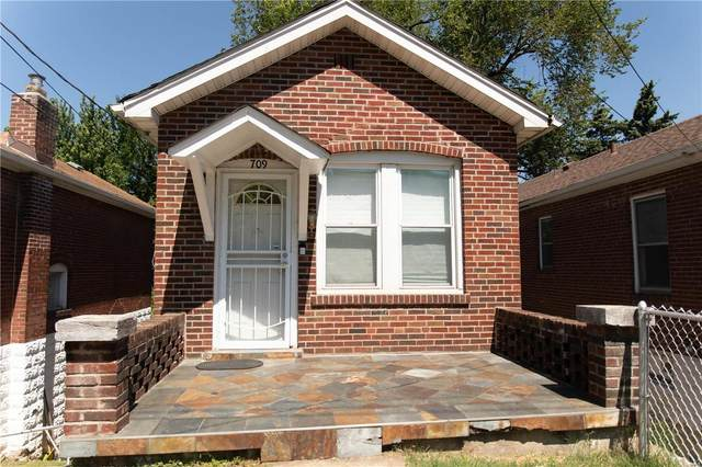 709 Dammert Avenue, St Louis, MO 63125 (#21038412) :: The Becky O'Neill Power Home Selling Team
