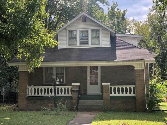 541 S Douglas Avenue, Belleville, IL 62220 (#21039592) :: Delhougne Realty Group