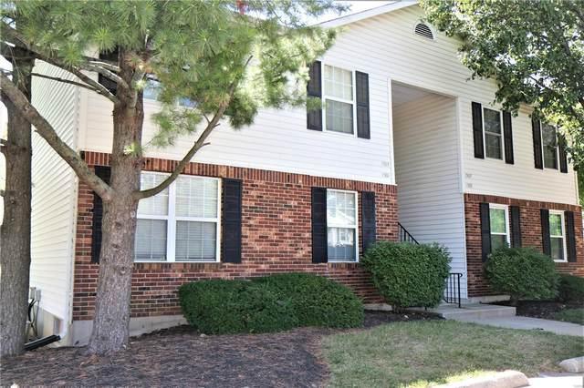 1507 Surrey Lane D, Saint Peters, MO 63304 (#21041703) :: Jeremy Schneider Real Estate