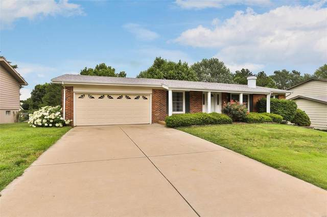 3120 Southwick Drive, Saint Charles, MO 63301 (#21042083) :: The Becky O'Neill Power Home Selling Team