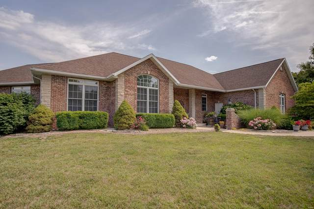 604 Champions Court, Caseyville, IL 62232 (#21042200) :: Tarrant & Harman Real Estate and Auction Co.