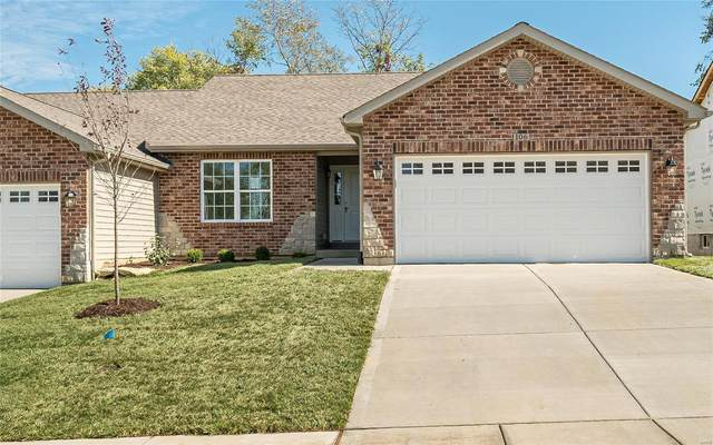 106 Cottleville Hill Court, Cottleville, MO 63304 (#21042552) :: The Becky O'Neill Power Home Selling Team