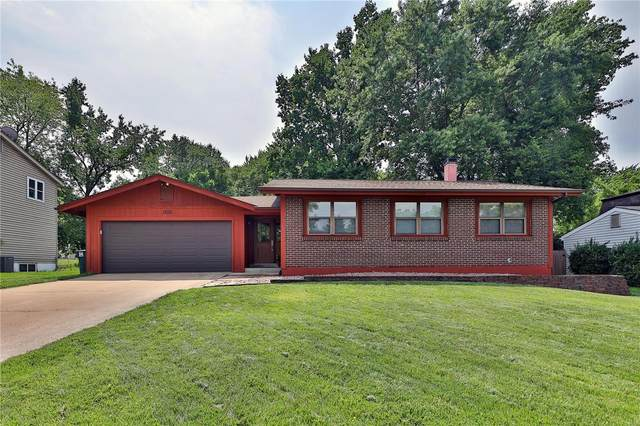 1355 Ticonderoga Drive, Saint Peters, MO 63376 (#21049391) :: St. Louis Finest Homes Realty Group