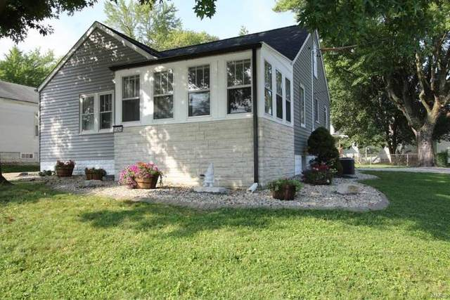 1404 S Rodgers Avenue, Alton, IL 62002 (#21052486) :: Clarity Street Realty