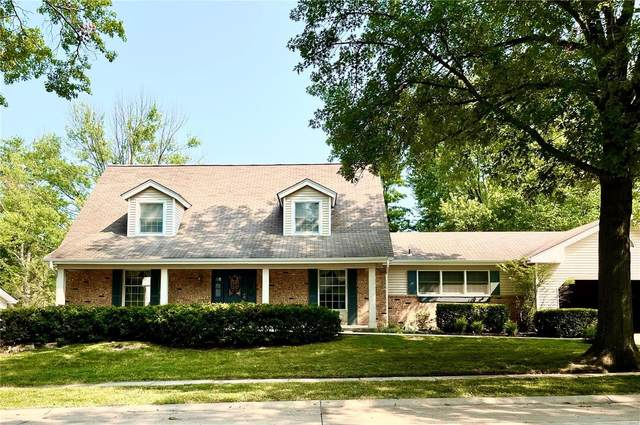 16023 Clarkson Woods Drive, Chesterfield, MO 63017 (#21054377) :: RE/MAX Vision